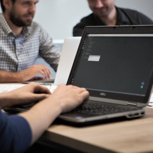 3 steps to choose a software development company thumbnail